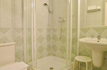 HOTEL NOSAL, PRAGUE - Book Family-Run Accommodation in Prague 04